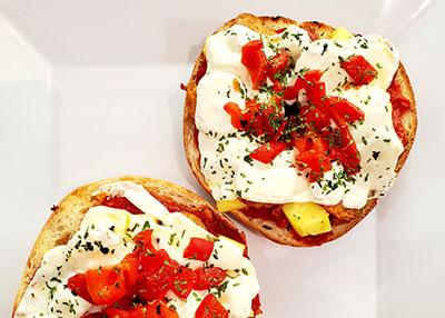 Pizza---bagel